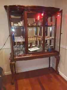 Wood Buffet, excellent condition Gatineau Ottawa / Gatineau Area image 1