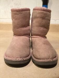 Toddlers Pink Boots Size 11 London Ontario image 3