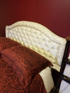 QUEEN SIZE UPHOLSTERED IVORY HEADBOARD