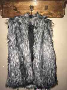 BRAND NEW faux vegan fur vest by Talula for sale, never worn