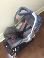 """Siège d'auto (coquille) """"Baby Trend"""" / Infant Car Seat"""