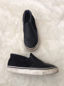 size 28/29 Boys Collection shoes (fits about size 11/12)