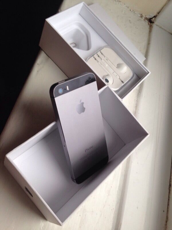 iPhone 5S MINT CONDITION like new with boxin Didsbury, ManchesterGumtree - Really good conditionWould make a lovely present or just normal usageFinger print work and all buttons do tooComes with original box and serial number matchesFactory resetIt is on VodafoneNo offersMay deliver for fuelMany thanks