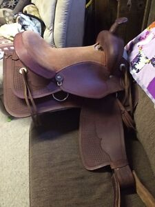 """New condition 16"""" western saddle"""