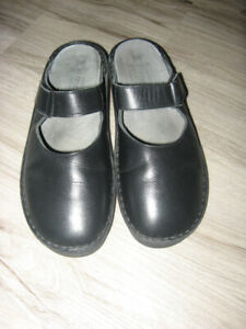 Mephisto Air Relax Mary Jane Clogs