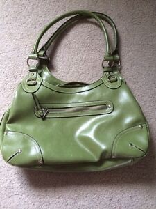 Green Purse Only Used once Kitchener / Waterloo Kitchener Area image 1