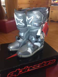 New Alpinstars Motorcycle Boots