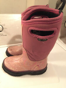 BOTTES BOGS FILLE/BOGS BOOTS FOR GIRL SIZE 11 (US) OR 27 (EURO)