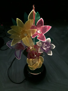 BEAUTIFUL FIBER OPTIC LIGHTED FLOWERS IN POT