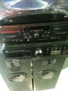 JVC Receiver -Cassette-with Turntable & speakers included..