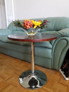 coffee table (side table)