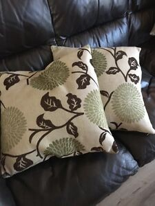Homesense Pillows Buy Amp Sell Items Tickets Or Tech In