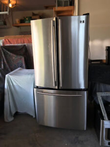 LG Refrigerator French Door Bottom Freezer