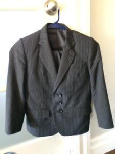 Boys Suit Size 7