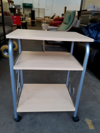 Small desk unit £10