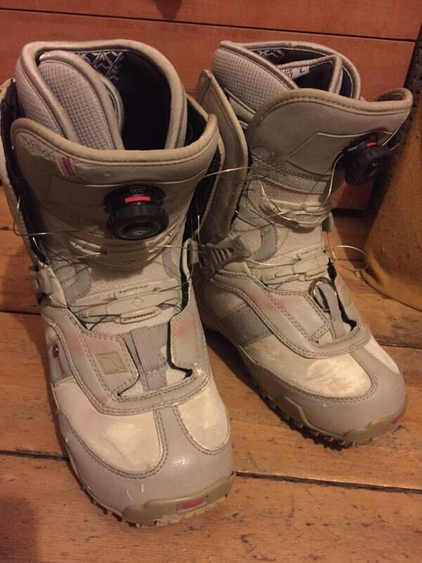 Womens Vans snowboarding boots + BOA speedwheel