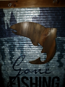 HAND CRAFTED SOLID METAL SIGN '' GONA FISHING ''