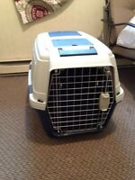 Almost New Medium Shuttle Kennel for Sale