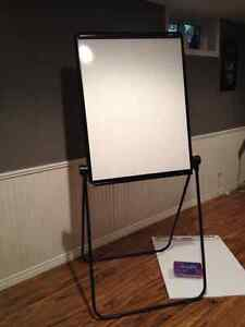 Flip chart/easel stand