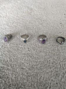 Costume jewellry rings. $5 for all.