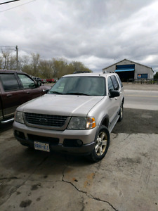 2005 Ford Explorer - Good Condition