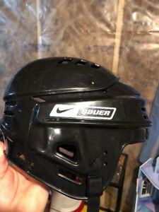 Bauer Nike helmet size small