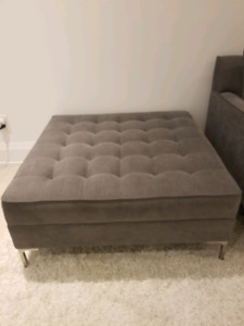 Ottoman from structube