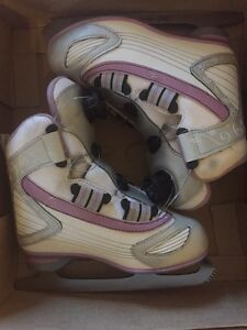 Reebok junior size 3 skates