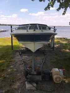 18 ft, 115 horsepower boat incl Rail system and cover Peterborough Peterborough Area image 1