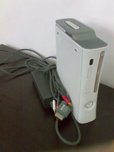 Xbox 360 +2JOYSTICKS +1GAME only $90 > DELIVERY INCLUDED !!
