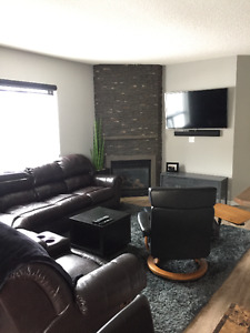 **DOWNTOWN FURNISHED CONDO 4 RENT**