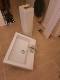 Square sink and pedestal for sale