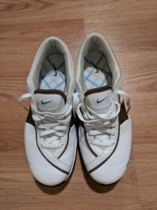 Nike women golf shoes - size 5.5