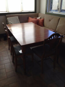 Solid Maple 2 leaf dining table w/4 antique chairs inc.