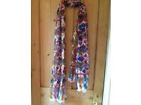 💜💖💙 Beautiful long lightweight scarf new tagged