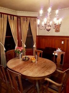 Antique Mission style oak dining room set