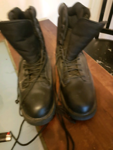New boots they are water proof size 11 winter boots