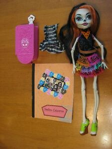 MONSTER HIGH DOLLS #3 skelita jane bloodgood draculaura