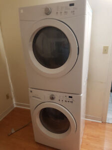 "Kenmore 27"" stack front load washer dryer set 4 sale.."