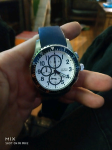 Mint guess watch
