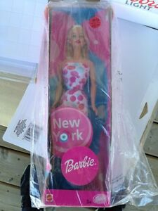 Collector Barbie - New York
