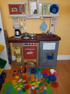 SOLD! STEP2 Kitchen with Over 90 Accessories and Play Food Items