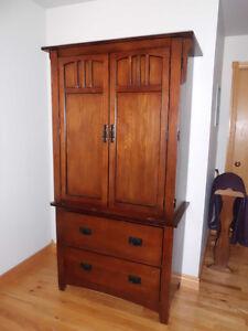 Solid wood bedroom suite Peterborough Peterborough Area image 2