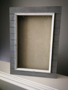 Shadow box / picture frame