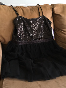 black cocktail/prom dress - never worn
