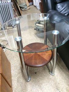 Modern Glass coffee table set Edmonton Edmonton Area image 4