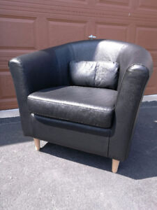 Chair, Black, Excellent Condition, Leather  Please READ ad befor