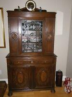 Antique mobiler de salle à diner