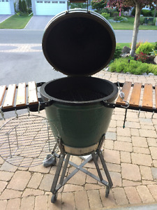 Big Green Egg - Large Size with Accessories