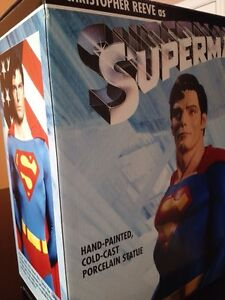 DC Superman Christopher Reeve Statue